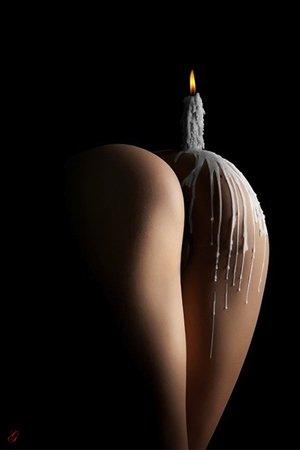 Стоячие соски секс-игры с воском фото порно видео