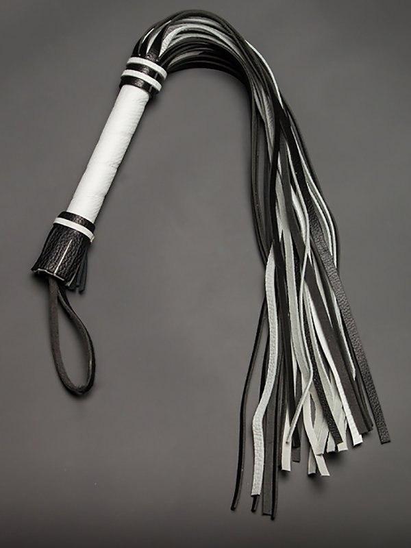 Гладкая плеть Sitabella из натуральной кожи – черно-белый
