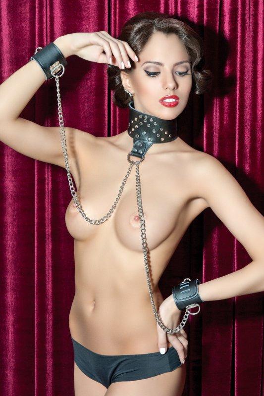 Кожаный комплект ошейник с наручниками TOYFA Theatre – черный