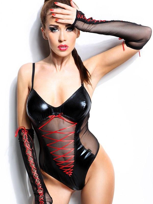 Пикантное черное боди с ярко-красным плетением и длинные перчатки Demoniq Evelyne – L/XL