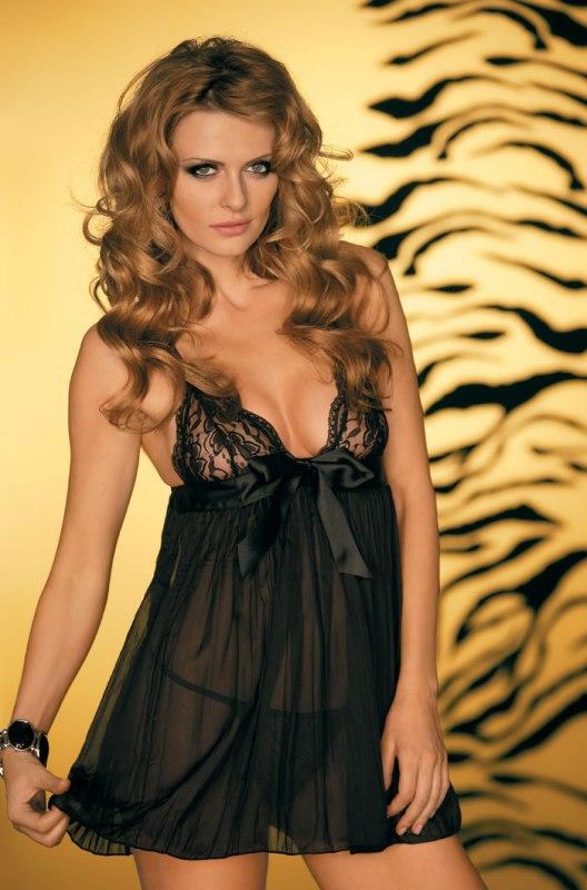 Черная сорочка и стринги Caprice Femme fatale - S/M от Он и Она