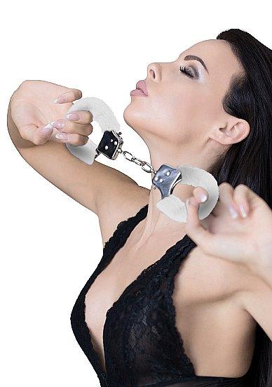 Металллический наручники с замком Furry Pleasure Handcuffs White наручники beginner s furry cuffs – черные